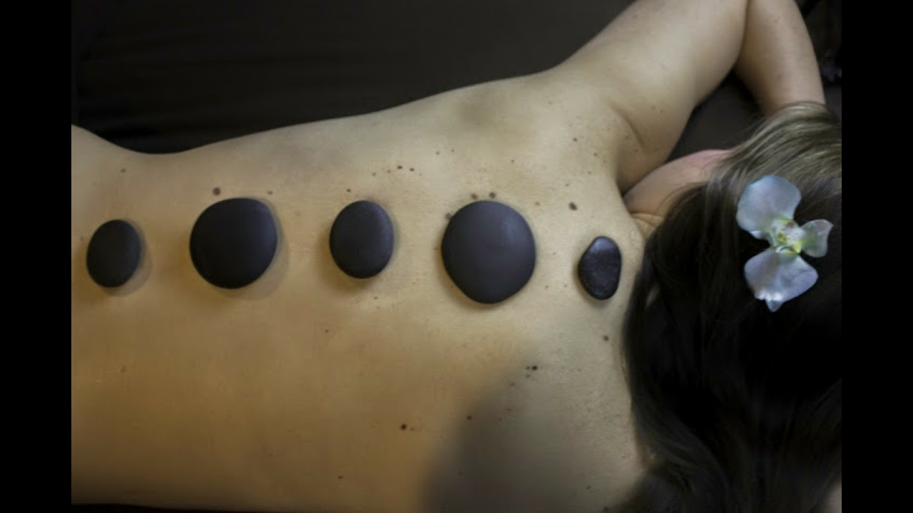 Hot Stone Massage, Appleton by Massage Therapist at Dreamscapes of Appleton